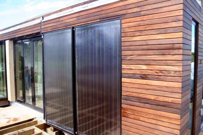 Pannello Solare Termico In Facciata : Pannelli solari verticali espertocasaclima
