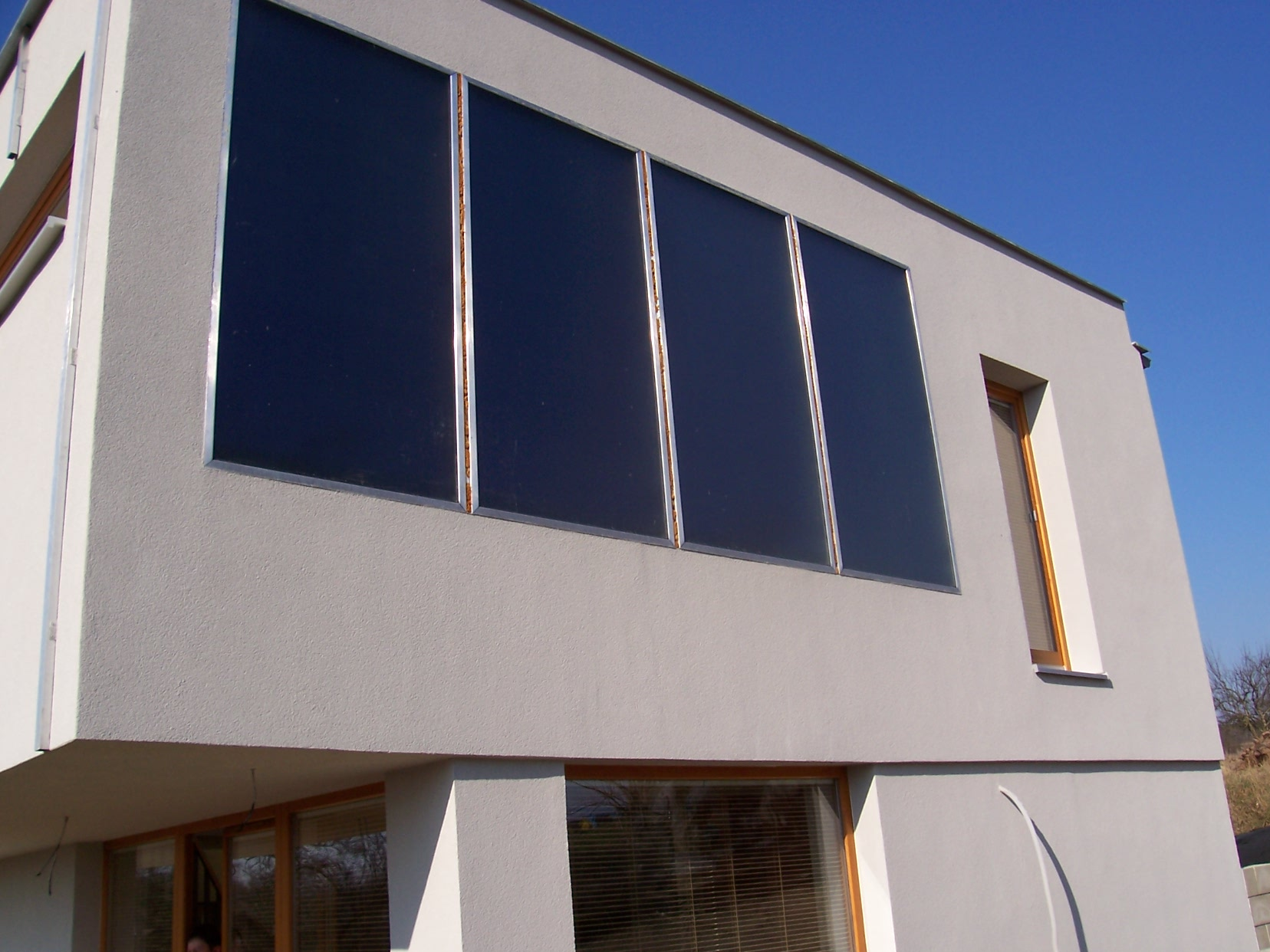 Pannelli solari verticali espertocasaclima for Pannelli solari solar