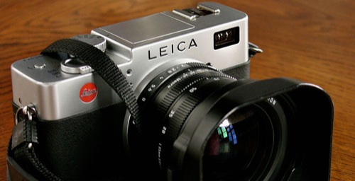 Leica Digilux 2 digital camera