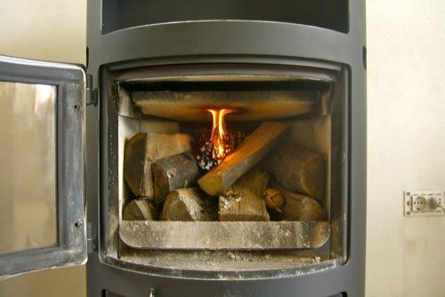 Stufa espertocasaclima - Stufe a legna per riscaldamento termosifoni ...