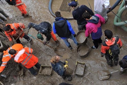 Alluvione Genova angeli del fango