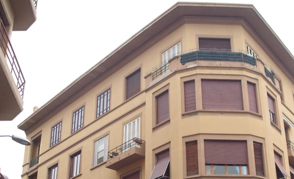 2013: coibentazione estradosso ultimo solaio sottotetto in incannucciato, isolamento pareti sul lato interno, nuove finiture interne, sigillature cassonetti e serramenti FIRENZE Gradi Giorno 1821 Zona Climatica D