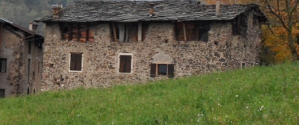 2014: analisi stratigrafie sopraelevazione in legno a telaio Civezzano TRENTO Gradi Giorno 3127 Zona Climatica F