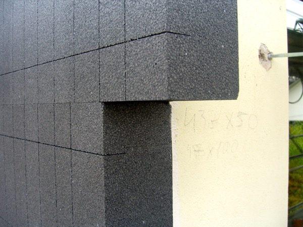 isolamento esterno a cappotto - La grafite contenuta nel pannello in EPS grigio 8