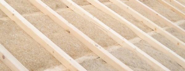 isolamento tetto in legno - Un tetto in legno con materiali sani e alla moda: canapa e argilla 8