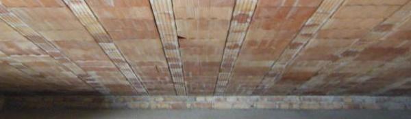 caldo - Isolare il sottotetto che è pertinenza dell'appartamento sito all'ultimo piano 24