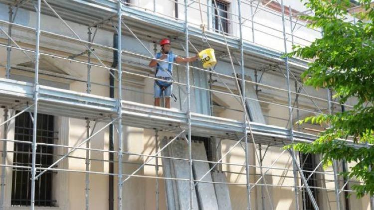 EDIFICIO & PARETE : - Tutti i lavori che godono del BONUS facciate 2020, cappotto compreso 12
