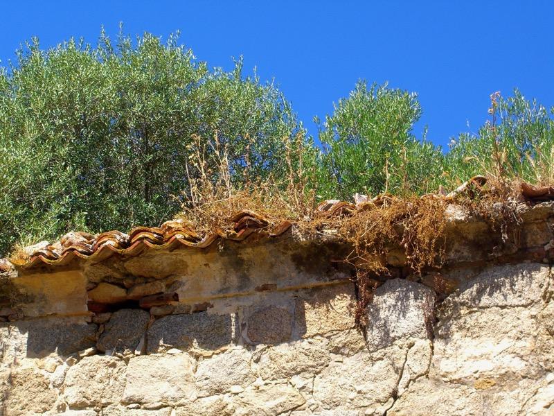 Architettura - L' isolation en granit devient une maison de vacances en Corse 64