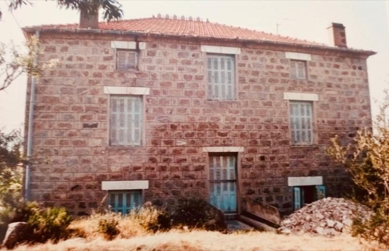 coibentazione contro il caldo - L'isolamento in granito diventa casa per vacanze in Corsica 192