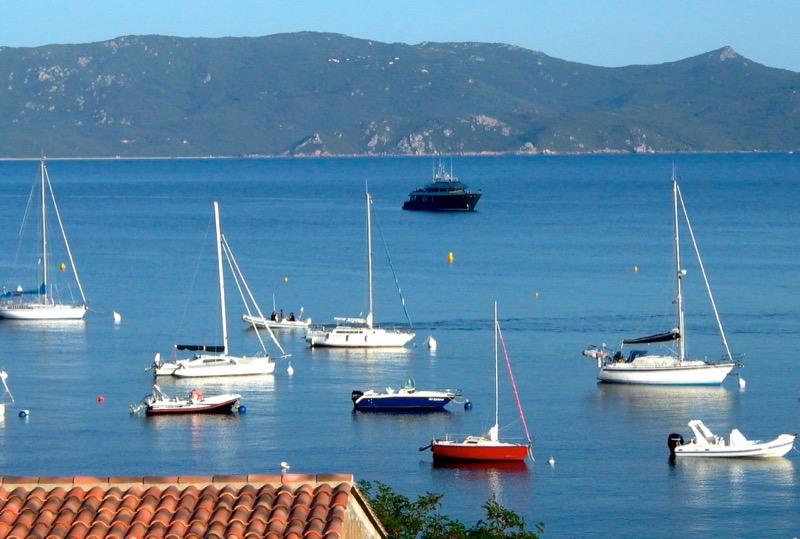 Architettura - L' isolation en granit devient une maison de vacances en Corse 130