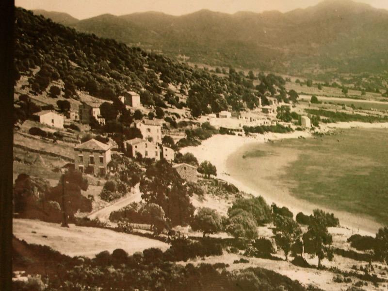Architettura - L' isolation en granit devient une maison de vacances en Corse 84