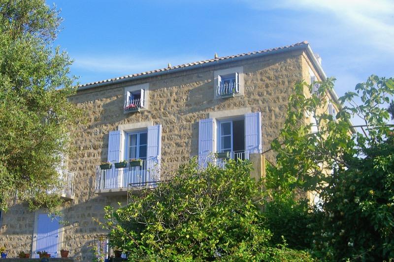 Architettura - L' isolation en granit devient une maison de vacances en Corse 66