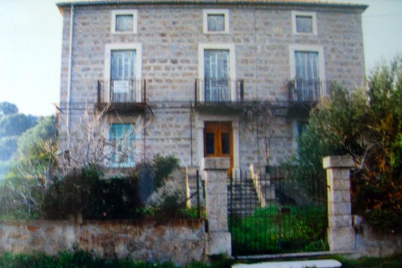 Architettura - L' isolation en granit devient une maison de vacances en Corse 90