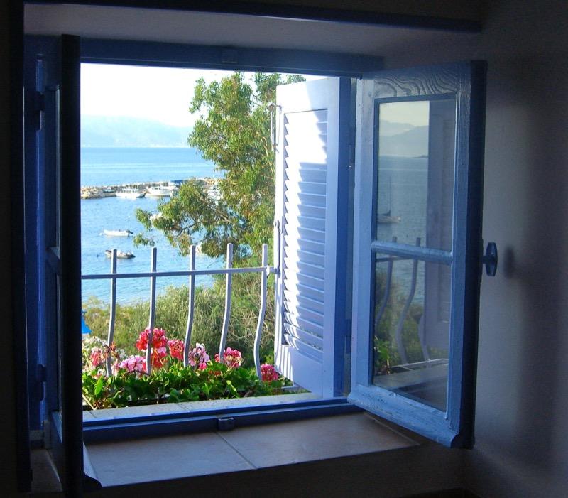 Architettura - L' isolation en granit devient une maison de vacances en Corse 136