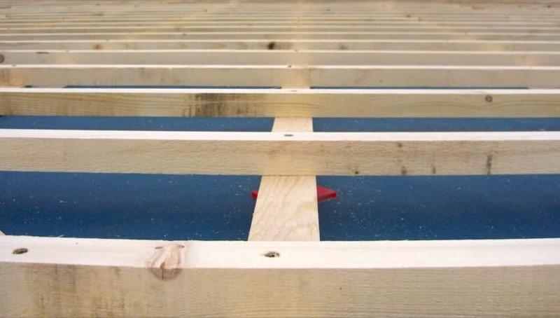 - Consulenza specifica per tetti in legno 14